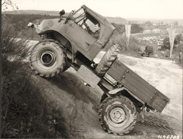 Werksbild Unimog 32 411.119 Bj 1964 Testfahrt auf dem Sauberg