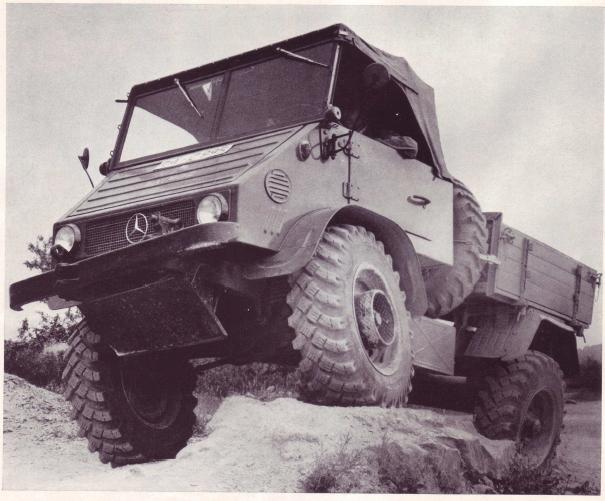 Unimog 30 (411a) 411.112 langer Radstand, mit Hydraulikausrüstung, Kipppritsche