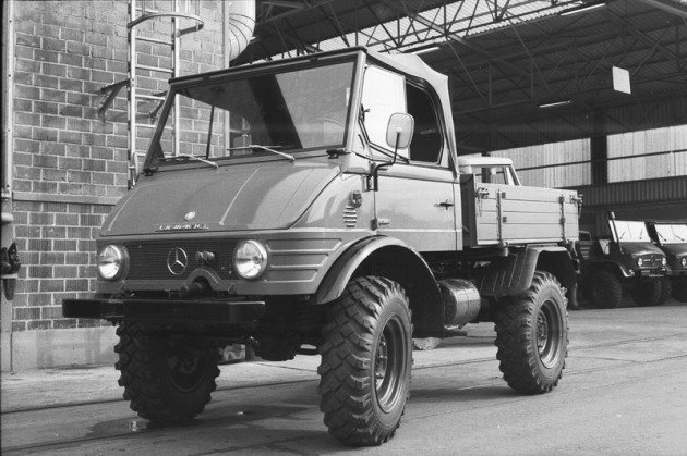 Werksbild Unimog 40 Typ 421.122  offenes Fahrerhaus Motor Om621 40PS  Baujahr 1966