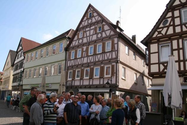 Der frühere Oberbürgermeister, Karl-Heinrich Lebherz , führte durch Winnenden
