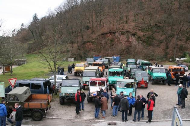 Die Teilnehmer sammeln sich beim Startplatz in Gernsbach-Lautenbach