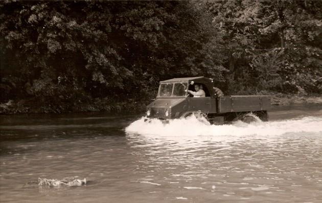 UCOM Unimog-S Watfaehigkeit 2 - Daimler