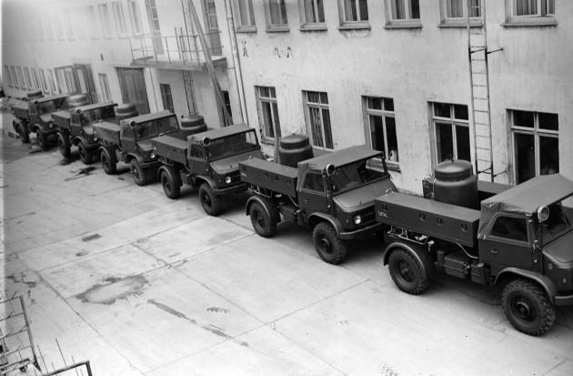 Unimog S, Baureihe 404.1 Trockenlöschfahrzeuge TroLF mit Total Aufbau, geliefert an die die Französische Armee in Deutschland FFA