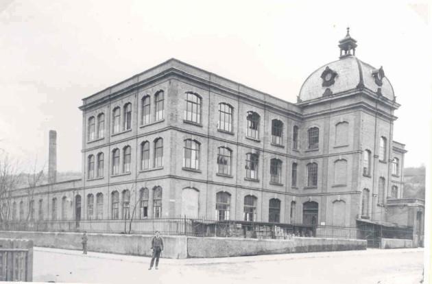 Erhard & Söhne im Jahr 1945