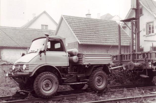 Unimog 406 mit Zweiwege-Einrichtung von Beilhack