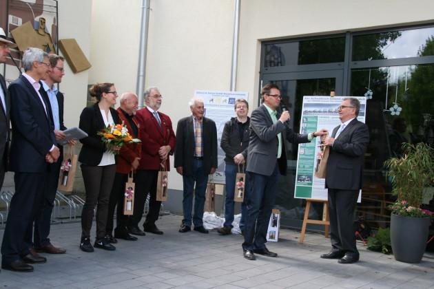 Erster Bürgermeister Dr. Joachim Bläse moderierte und dankte am Schluss allen Helfern