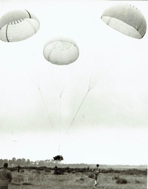Der Unimog 411.114 kurz vor der Landung