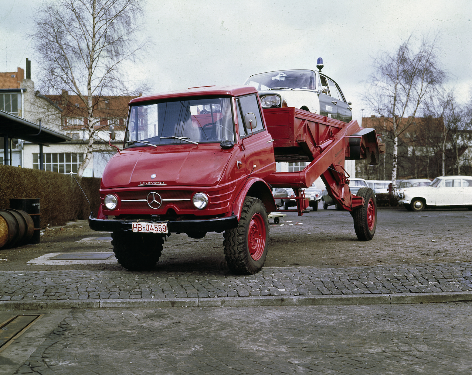 1966 front wheel drive tilting airbagged unimog flatbed. Black Bedroom Furniture Sets. Home Design Ideas