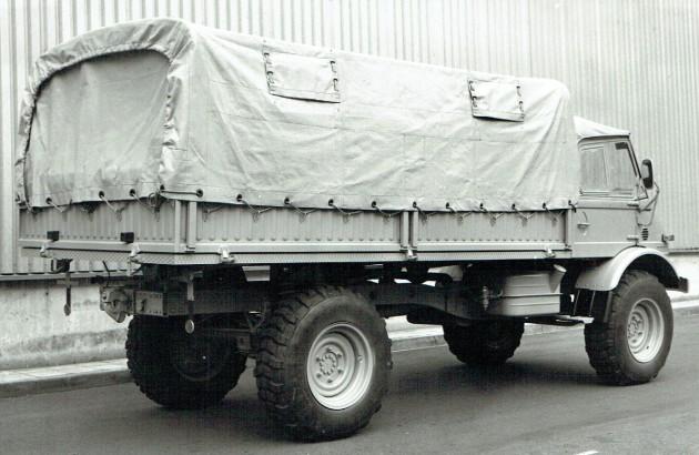UCOM U 416.114 100 PS Radstand 3440 mil Heck Daimler