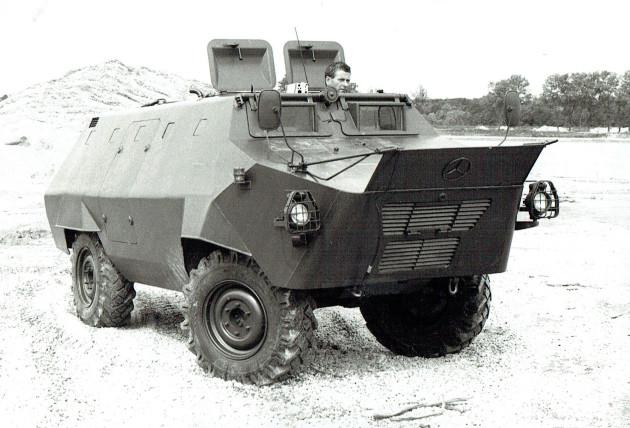 UCOM schwimmender U 416 2