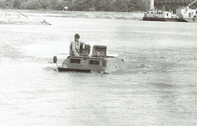 UCOM schwimmender U 416 3