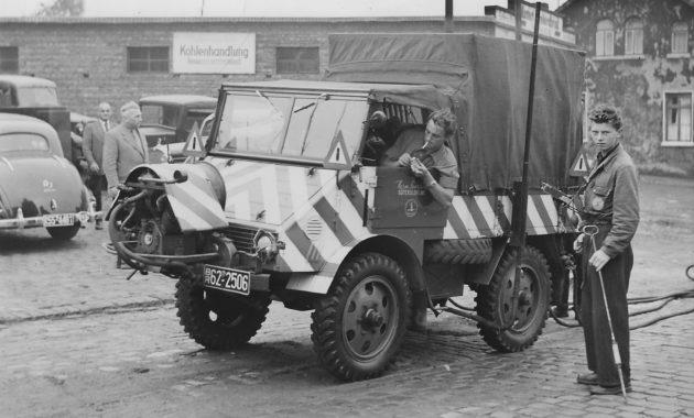 Fa. Sevrin Gutersloh Gasleitungsuberprüfen in Herford Aug. 1954