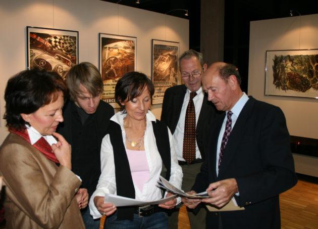 Die Töchter von Hans Liska bei der Ausstellung im Unimog-Museum 2007