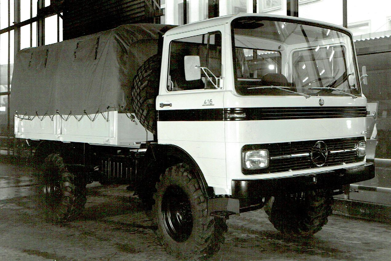 OCOM Unimog mit Lkw-Fhs 1969 rechts